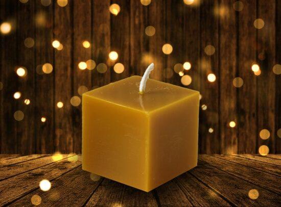 Восъчна свещ 4